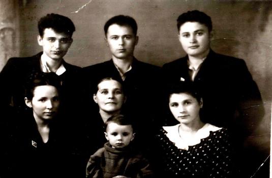 Семья Шайдуковых пятьдесят лет назад